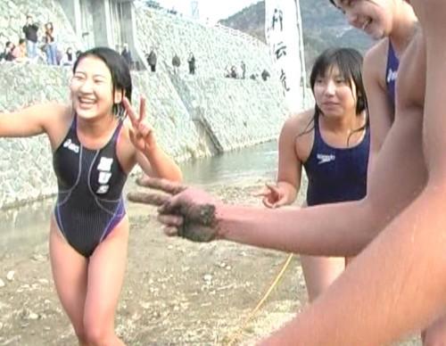 寒中水泳 (475)