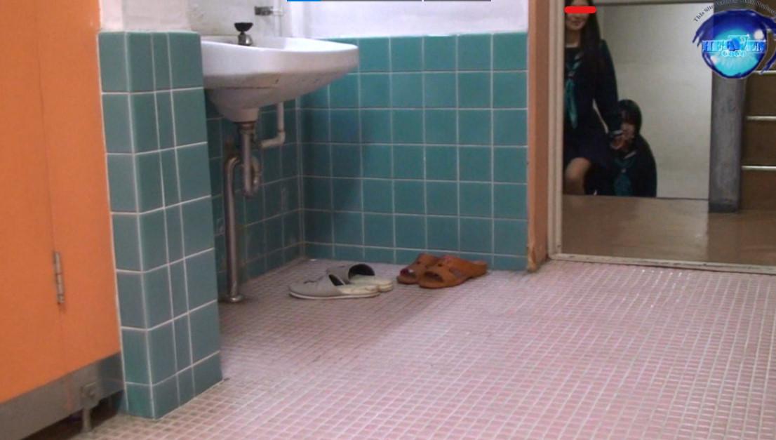 トイレ 盗撮 タンポン 動画 無修正