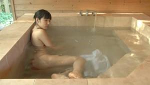 保田真愛 (22)