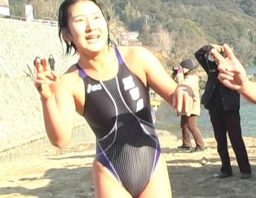 寒中水泳 (484)